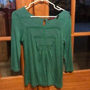 NWT Green 80% Poly & 20% Cotton shirt.